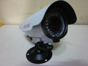 DIS 1/4″ , 900TVL, LENS 2.8-12mm, 36PCS IR LED , 30M IR RANGE, IR CUT